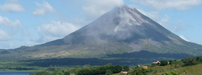One of the best volcanoes is located in La Fortuna Costa Rica