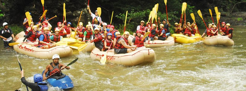 "Costa Rica rafting: ""ticos"" looking for a place to the World Rafting Championship"