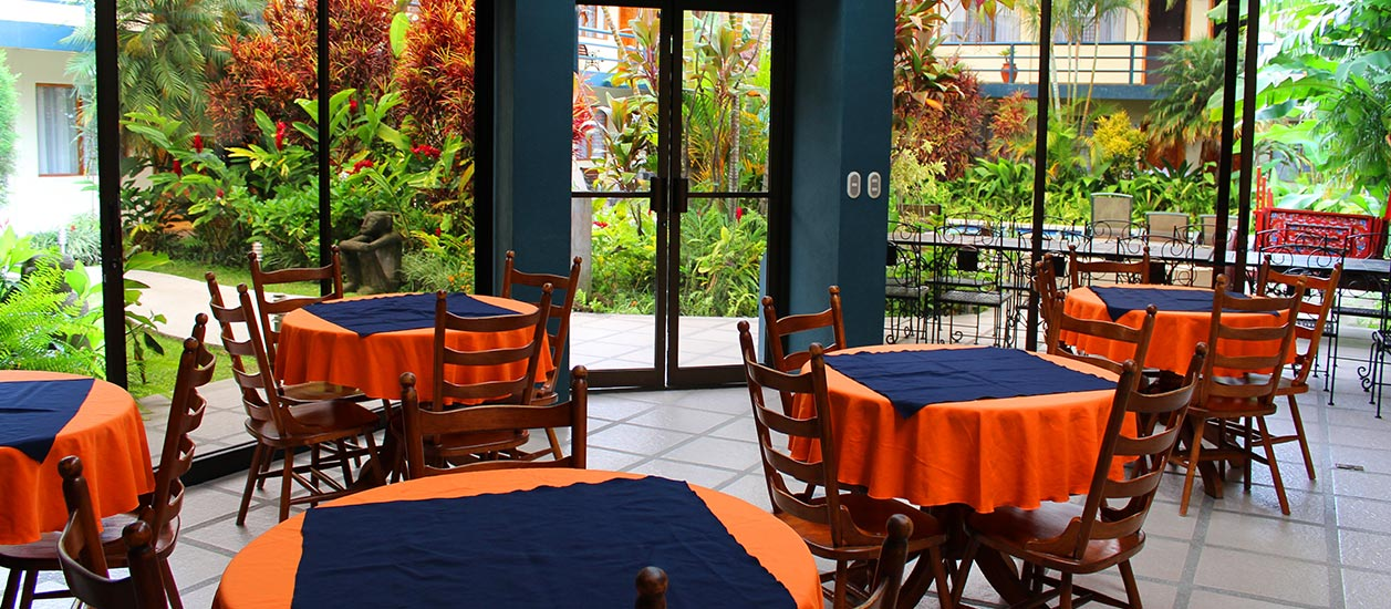 Soluxe El Sesteo Hotel