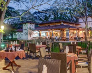 CASA CONDE BEACH FRONT BOUTIQUE HOTEL
