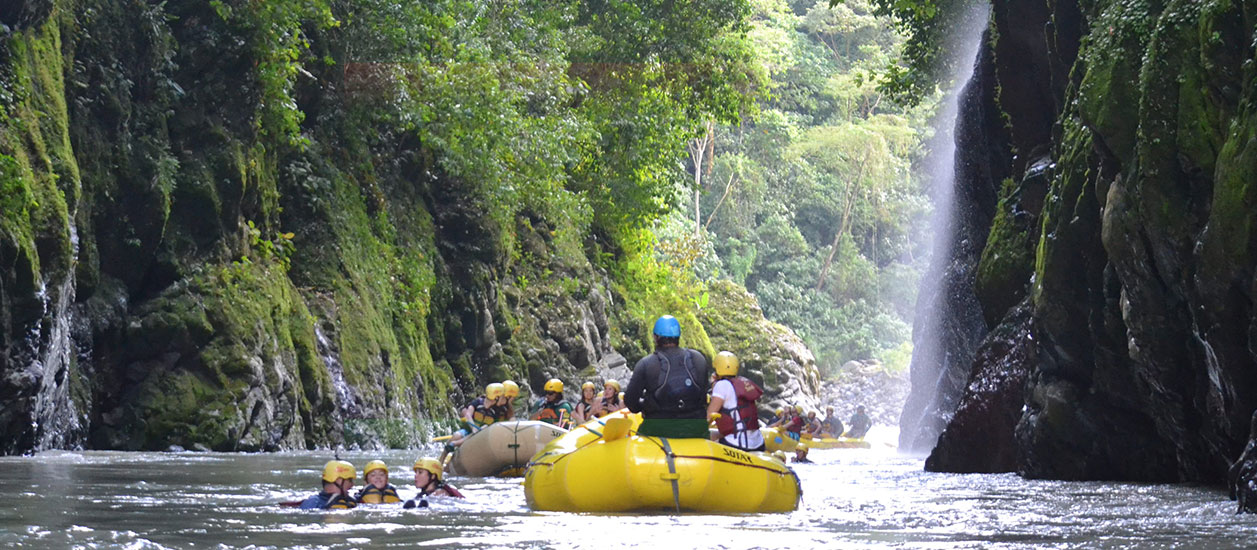 Pacuare Rafting One Day - Class Iii-iv