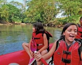 Tour De Floating En Rio Peñas Blancas