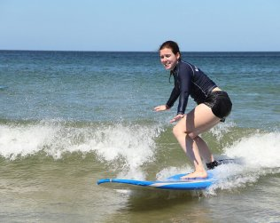 Lecciones De Surf En Playa Tamarindo