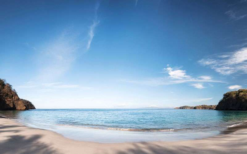 The Papagayo Peninsula is one of the best places for diving tours in Costa Rica. Besides being a luxurious peninsula, where are located the best 5-star hotels of the Guanacaste beaches.