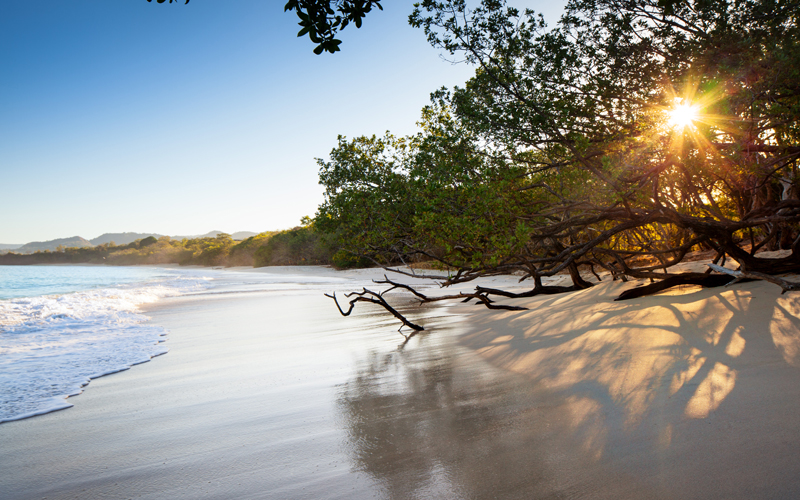 The Guanacaste beaches are the best vacation places to go if you are looking for incredible all-inclusive resorts, sunsets and lots of fun.