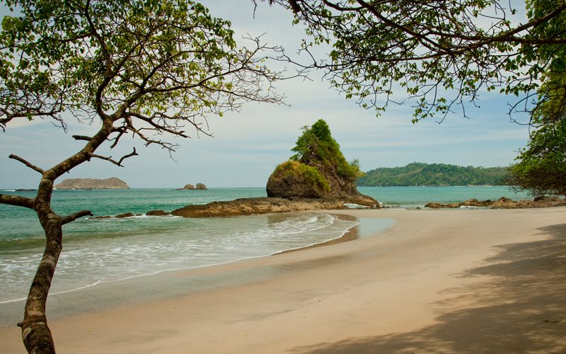 Manuel Antonio National Park is one of the 10 best things to do in Costa Rica. Its beautiful beaches, great nightlife, accommodations and dining are proof of it!