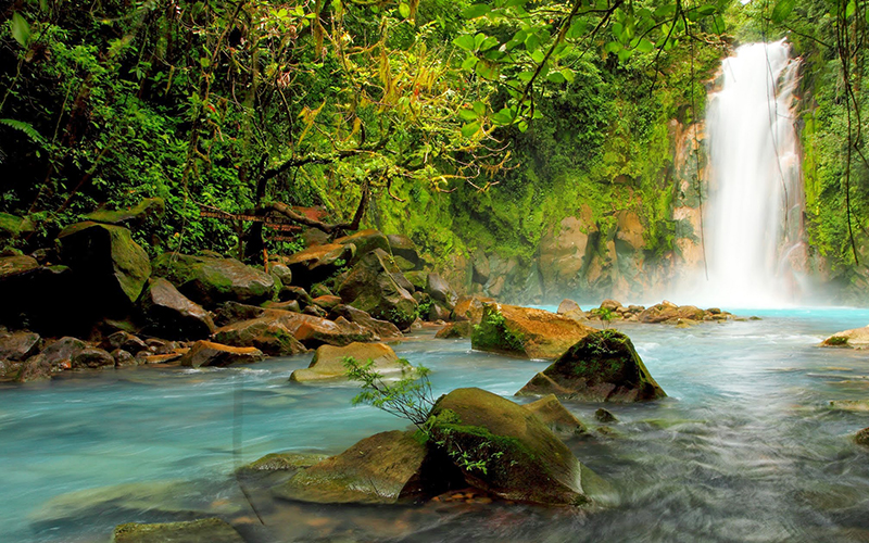 Rio Celeste is definitely one of the 10 best places to visit in Costa Rica during vacations, its unparalleled beauty will leave everybody speechless.
