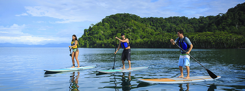 Stand up paddling Costa Rica