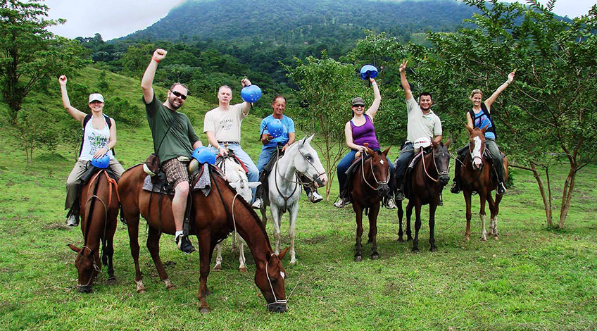 Costa Rica travel: Why visit the country with Travel Excellence?, Enjoy People in Arenal Volcano with Travel Excellence