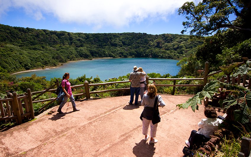 Why do you need to have vacations in Costa Rica Poas Volcano