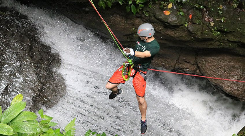 Costa Rica Tours: one-day activities to enjoy in Arenal: Canyoning