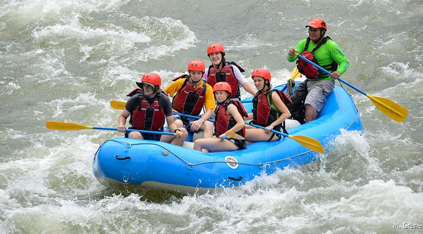 Costa Rica Tours: one-day activities to enjoy in Arenal: rafting in Sarapiqui River
