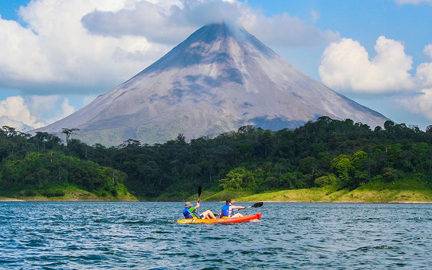 What to do in Costa Rica?: 100% Outdoor Adventure Kayaking in Arenal lakel
