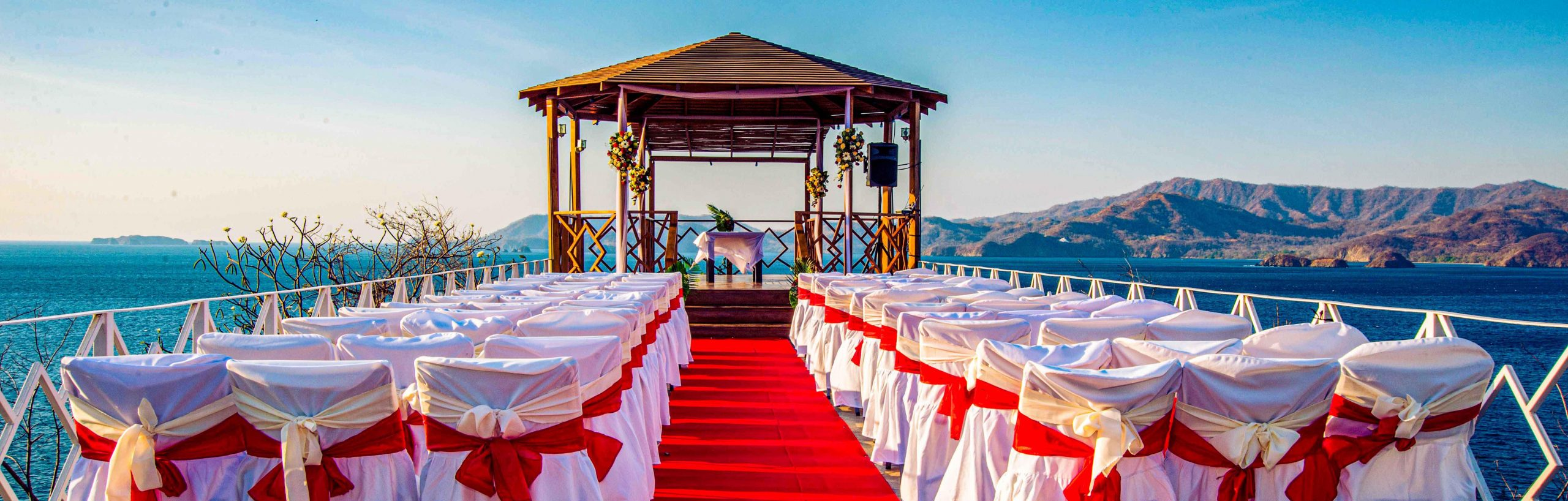 A Complete Guide: How to plan your Costa Rica Wedding