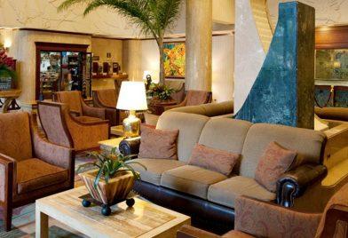 Aurola Holiday Inn Hotel