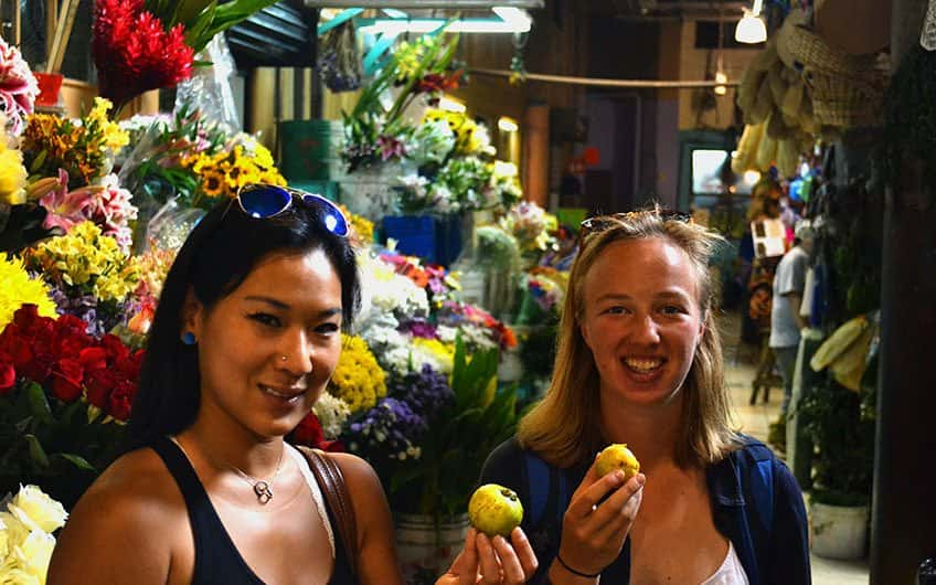 In San Jose's Central Market visitors can discover, taste, and buy a great variety of tropical and exotic fruits and flowers.