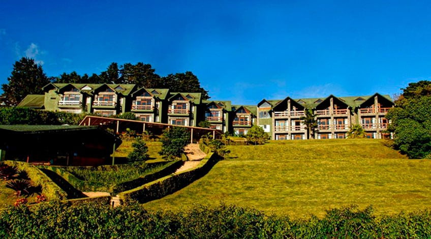 Costa Rica hotels: El Establo a great family-owned lodge in Monteverde Facade Hotel
