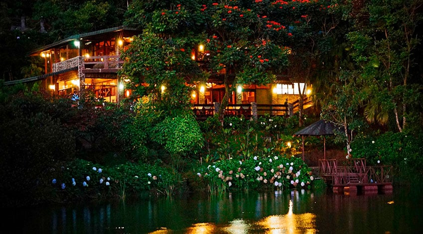 Costa Rica hotels: El Establo a great family-owned lodge in Monteverde Restaurant