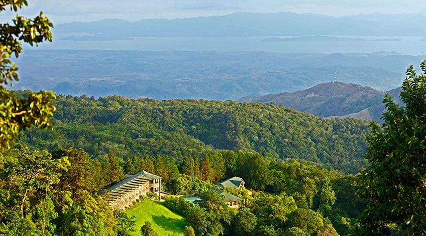 Costa Rica hotels: El Establo a great family-owned lodge in Monteverde View Nicoya Gulf