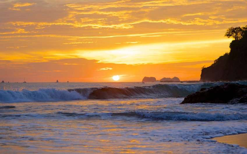 A beautiful sunset can be enjoyed in one of the Guanacaste Costa Rica beaches during vacations.