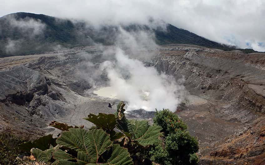 There are several volcanoes located near San Jose Costa Rica, so it will be easy to get to each one of them during your vacations in the country.