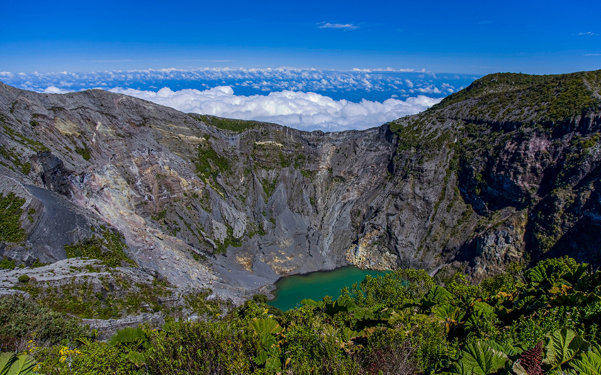 Talking about Costa Rica's sites and attractions you must visit we can't ignore the Irazu Volcano, located in the beautiful province of Cartago.