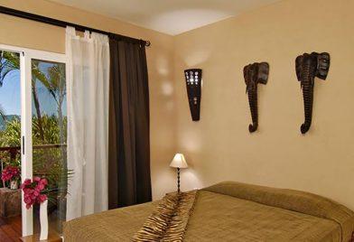 Hotel Jardin del Eden room