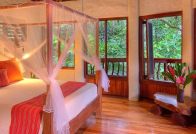 Nicuesa Rainforest Lodge room