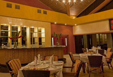 Hotel Occidental Tamarindo restaurant