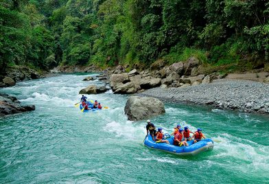 Incredible scenery at Pacuare River