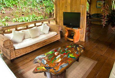 Pozo Azul furnish private deck