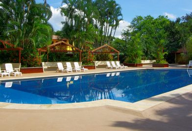 Hotel Tilajari piscina