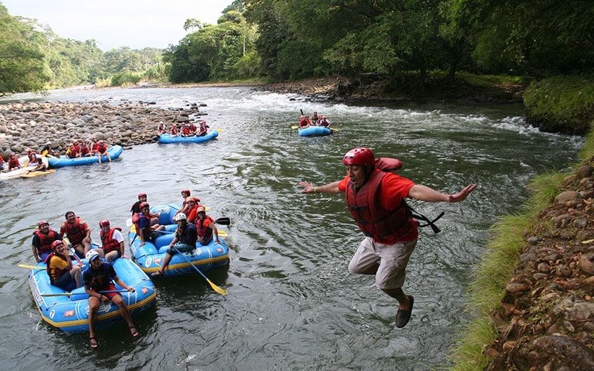 Sarapiquí Costa Rica Travel Guide: Rafting in Sarapiqui River